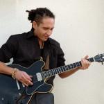 Melo_Bakale guitar2